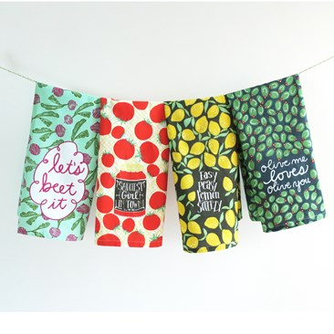 June Clever Kitchen Towels with Hang Tight Loop®